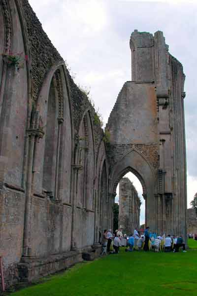 glastonburyabbey6